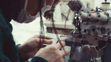 Tシャツの背景を紡ぐ人々−裁断/縫製